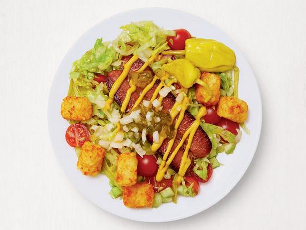 Чикагский салат с сосисками
