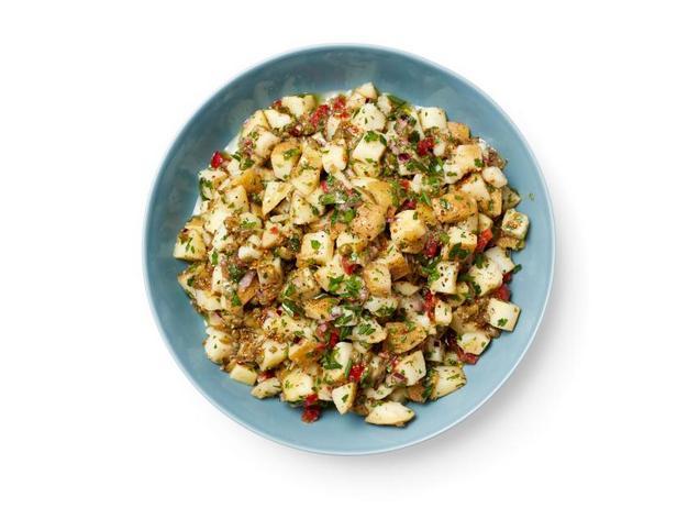 Фото Картофельный салат с соленьями