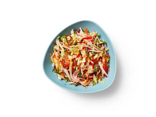 Фото Капустный салат с хикамой