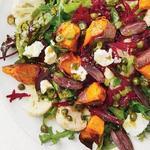 Картофельный салат с жареной спаржей на гриле