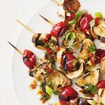 Кебабы с грибами и соленьями