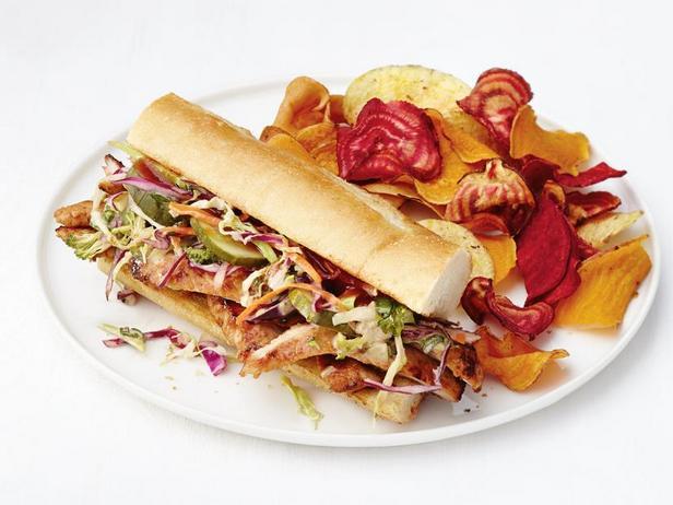 Фото Сэндвичи со свининой барбекю и капустой коул слоу с соусом хойсин
