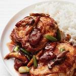 Жареная курица с грибами и беконом по-китайски