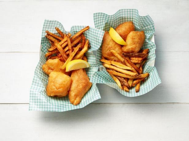 Фото Рыба в пивном кляре с картофелем фри