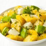 Салат с хикамой и фруктами