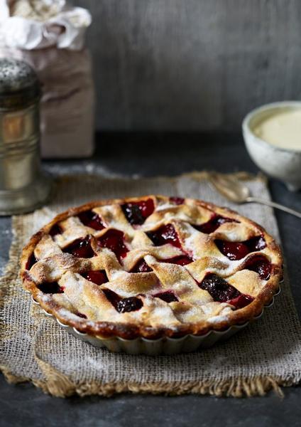 Фото Ежевичный пирог с решёткой