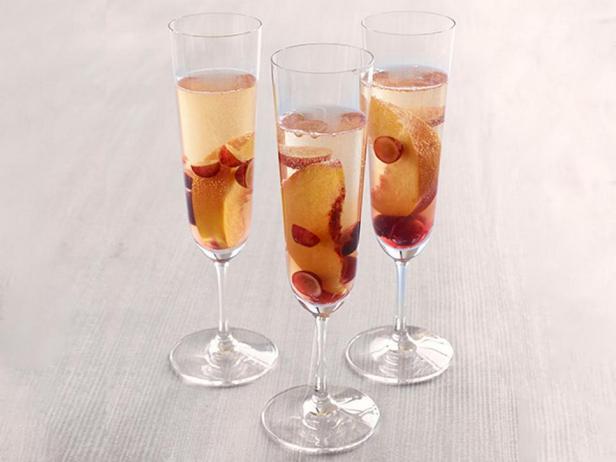 Сангрия с игристым вином
