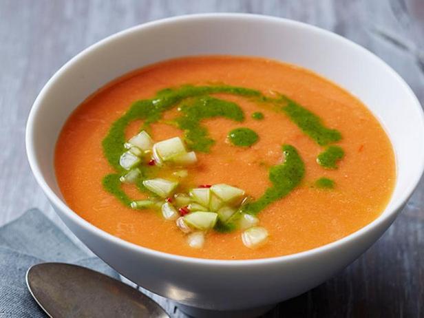 Холодный суп-закуска «Гаспачо» с кинзой