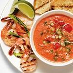Арбузно-томатный гаспачо с креветками