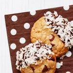 Кокосовое печенье с шоколадной крошкой и глазурью