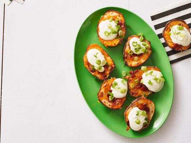 Фото Картофельные шкурки с сыром