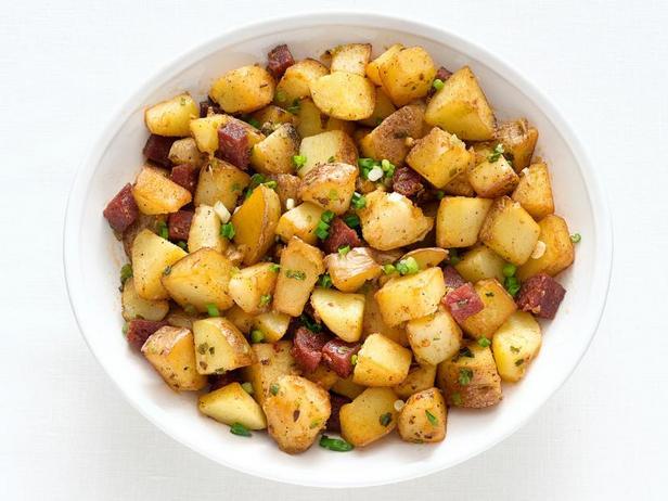 Фото Жареная картошка с пепперони