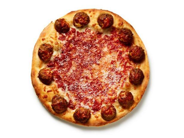 Фото Пицца с митболами