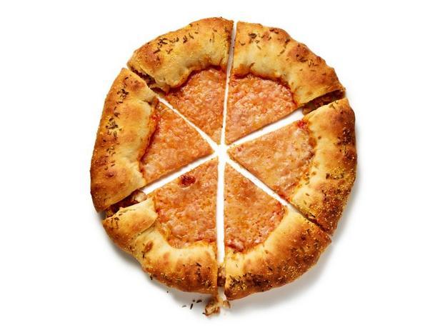 Фото Пицца с мясными бортиками
