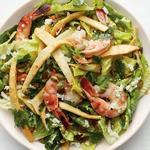 Мексиканский салат «Цезарь» с креветками