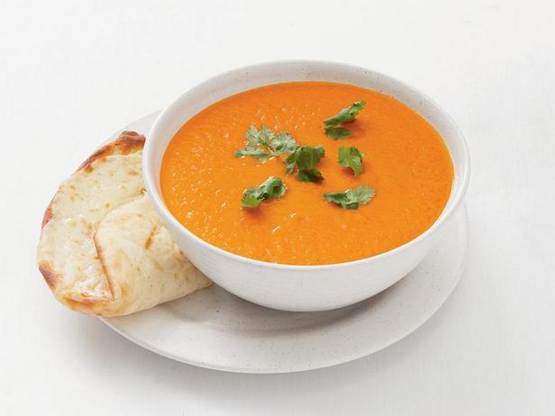 Фото Томатный суп с сырной лепёшкой по-индийски