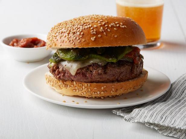 Фото Бургер с перцами «Чили-рельено»