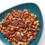 Орехи в хрустящей корочке с паприкой для домашней вечеринки
