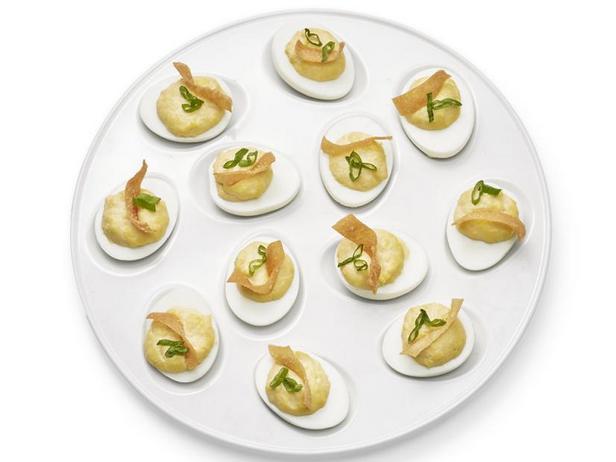 Фото Фаршированные яйца «Краб-рангун»