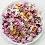 Салат из фиолетовой цветной капусты