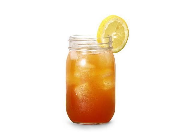 Фото Холодный персиковый чай с тимьяном и джином