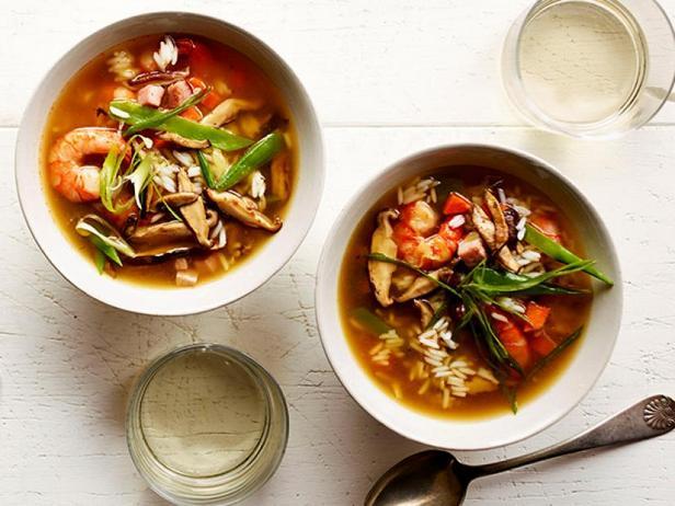 Фото Азиатский суп с креветками
