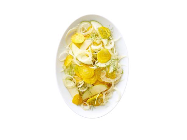 40. Свекольный салат с фенхелем и яблоком