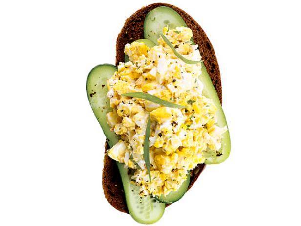 8. Яичный салат с эстрагоном