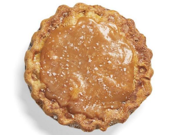 Фото Яблочный пирог с солёной карамелью