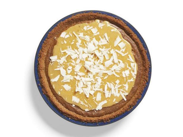 Фото Тыквенный пирог «Блонди» с кусочками ириса