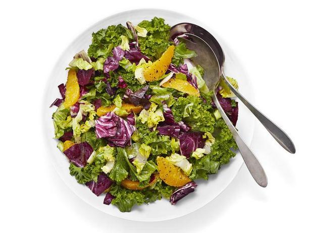 Фото Листовой салат с апельсинами