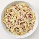 Спагетти с ветчиной и сыром бри
