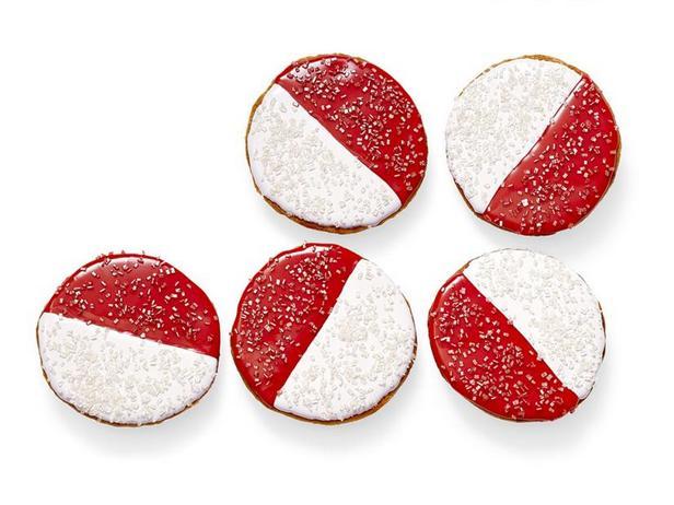 Фото Красно-белое печенье
