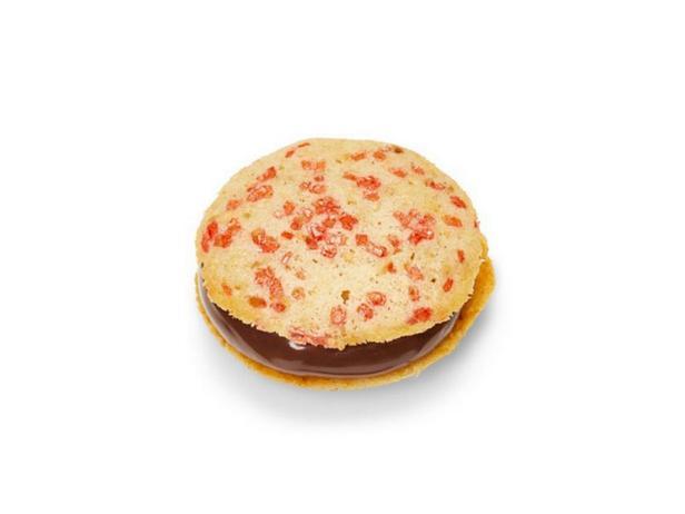 Фото Шоколадно-ореховое сэндвич-печенье
