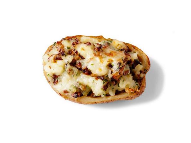 Дважды запечённый картофель с грибами и сыром таледжо