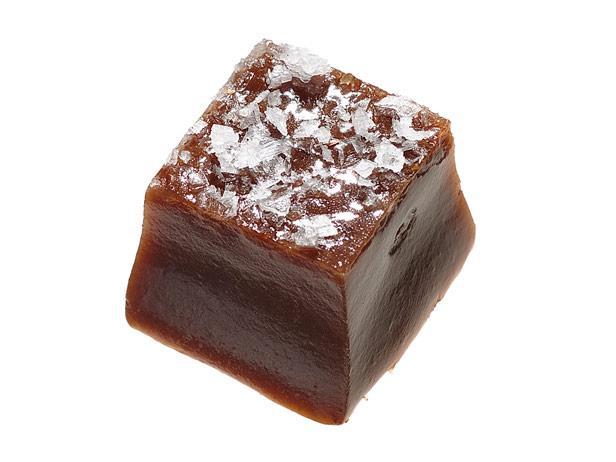31. Шоколадная карамель с солью