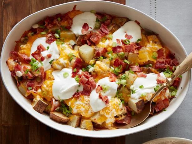 Кассероль из картофеля с сыром и беконом