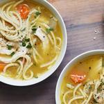 Куриный суп-лапша с пармезаном