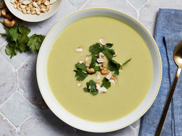 Фото Крем-суп из цветной капусты с карри