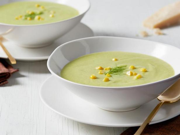 Сливочный суп с кукурузой и фенхелем
