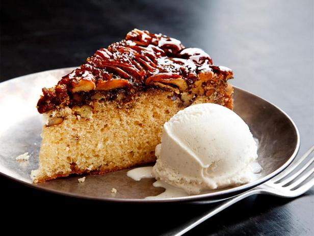 Пирог с бурбоном и ореховым пралине