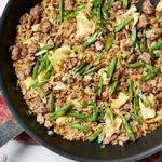 Стир-фрай со свининой, рисом и зелёной фасолью