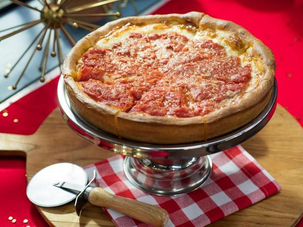 Фото Глубокая чикагская пицца