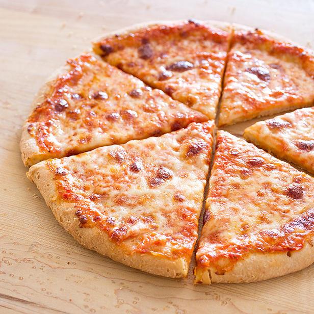 Фото Безглютеновая пицца из кукурузной муки