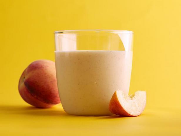 Фото Овсяный смузи с персиками