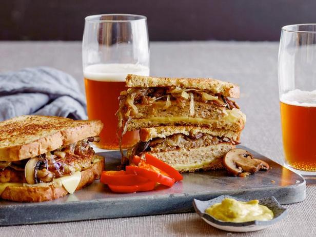 Фото Сэндвич «Патти Мелт» с индейкой