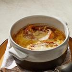 Французский луковый суп с белыми грибами