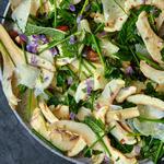 Свежий салат из артишоков и фенхеля