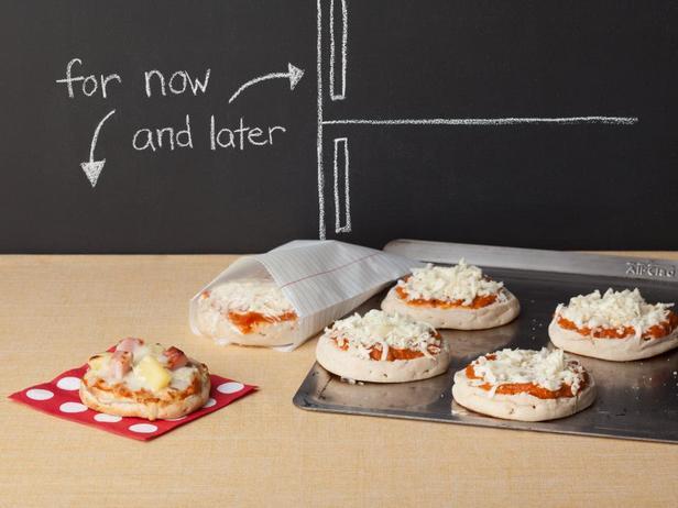 Порционные пиццы на английских маффинах