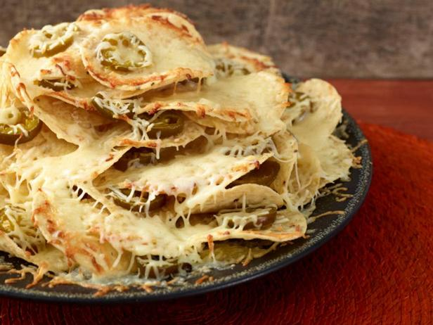 Начос «Три слоя сыра»